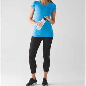 {LULULEMON} Swiftly Tech Run Short Sleeve Blue
